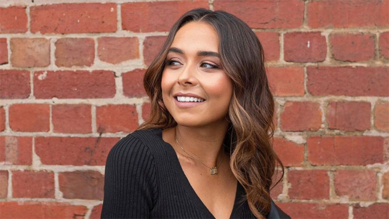 'The Bachelorette Australia' Names First Bisexual Lead With Male & Female Contestants